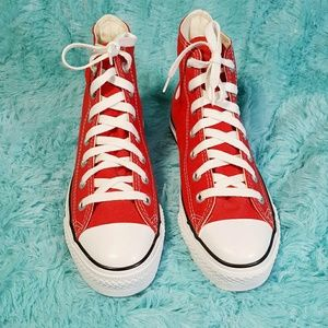 EUC Sz 7 Red Chucks